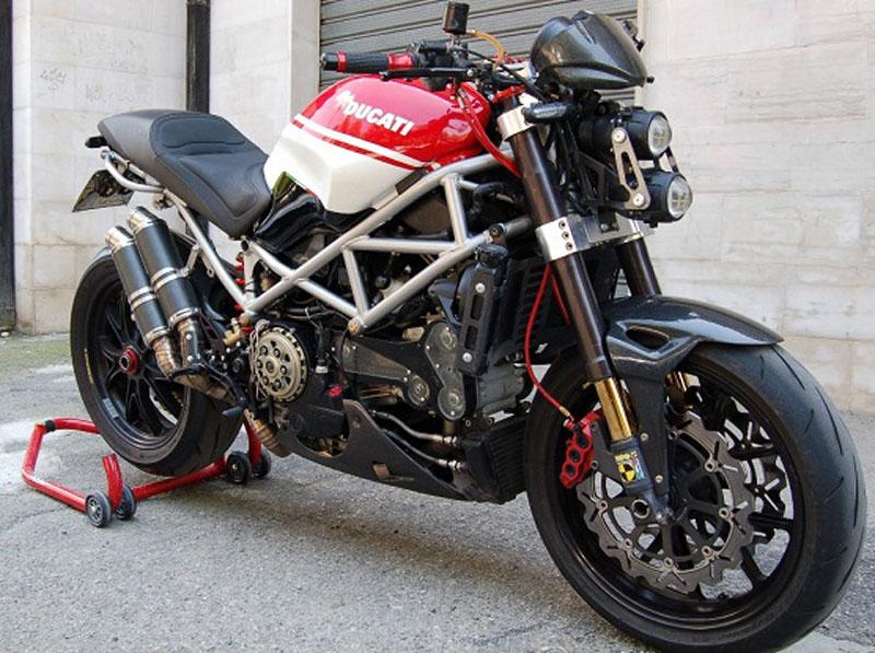 moto guzzi v11 tuning idea di immagine del motociclo. Black Bedroom Furniture Sets. Home Design Ideas